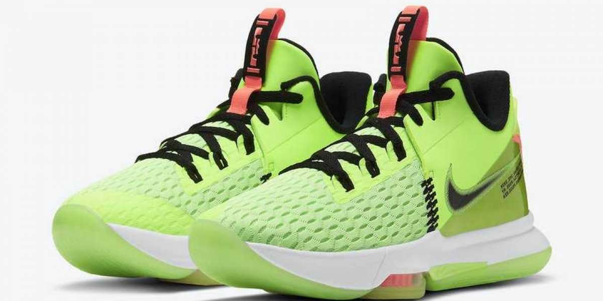 "When Will Nike LeBron Witness 5 ""Grinch"" CQ9381-300 Be Released?"